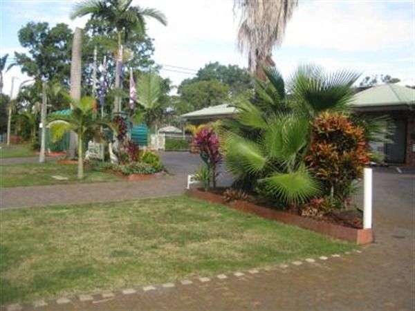 Beachmere Palms Motel - Victoria Tourism
