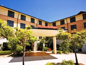 Travelodge Hotel Garden City Brisbane - Victoria Tourism