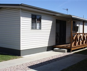 Bay View Holiday Village - Victoria Tourism