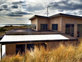 King Island Breaks - Porky's Beach House - Victoria Tourism
