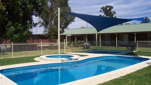 Carn Court Holiday Apartments - Victoria Tourism