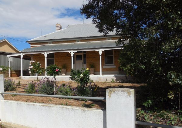 Book Keepers Cottage Waikerie - Victoria Tourism