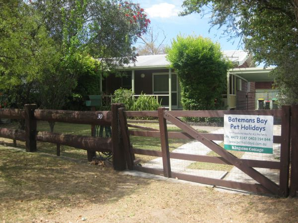 Grantham House  Pet Friendly Holiday Home - Victoria Tourism