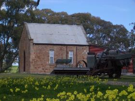 Clare Valley Cabins - Victoria Tourism