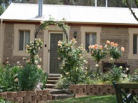 Clare Valley Cottages - Victoria Tourism