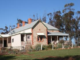 Peggy's Retreat - Victoria Tourism