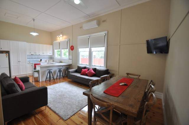 Ain Garth Self Catering Accommodation - Victoria Tourism