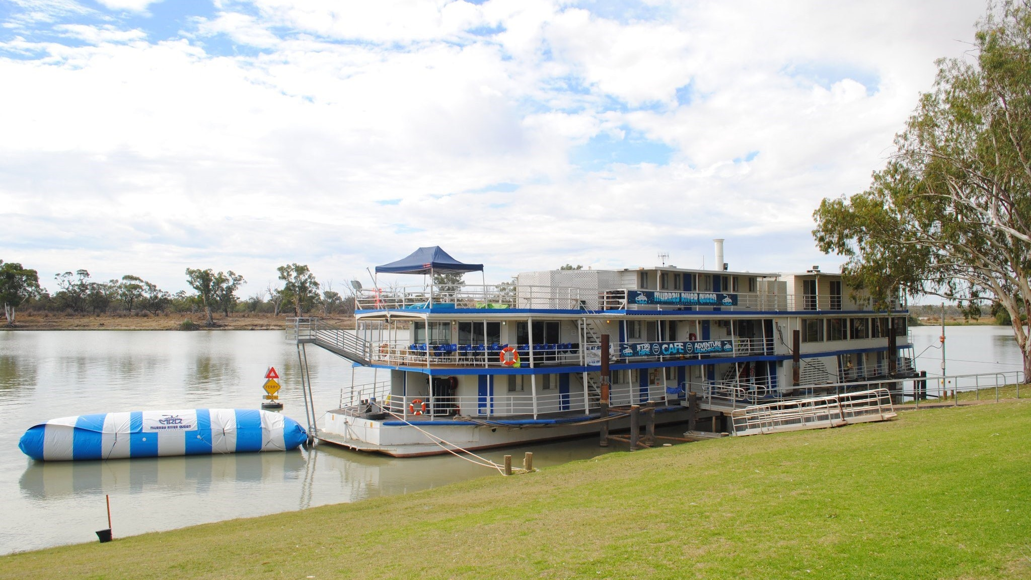 Murray River Queen Backpackers - Victoria Tourism