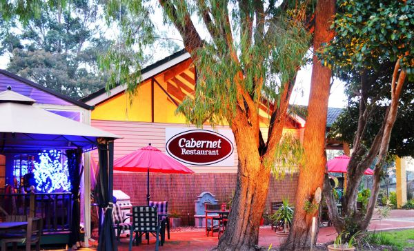 Kingsley Motel and Cabernet Restaurant - Victoria Tourism