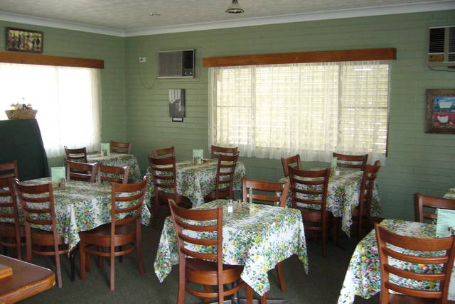 Barcaldine country motor inn - Victoria Tourism