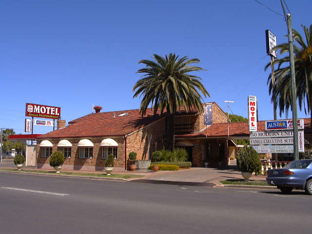 Burke  Wills Motor Inn - Victoria Tourism