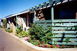 Carnarvon Central Apartments - Victoria Tourism