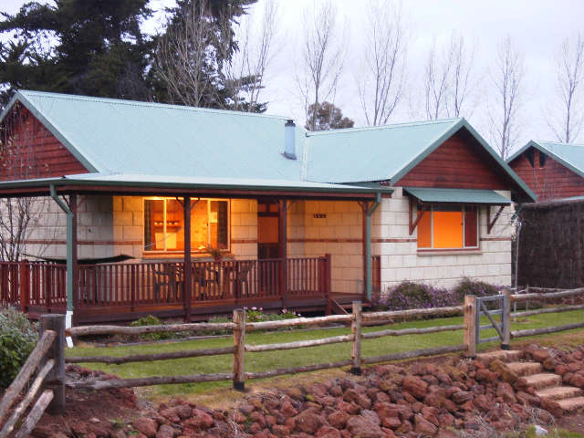 Clover Cottage Country Retreat - Victoria Tourism
