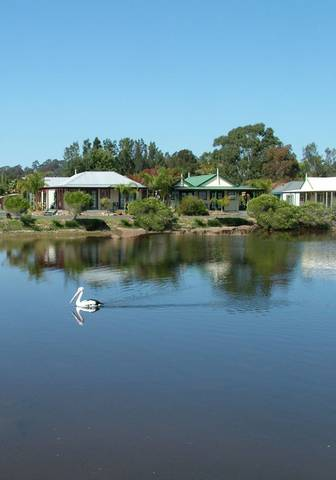Coachhouse Marina Resort - Victoria Tourism