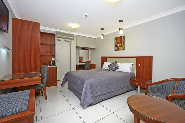 Comfort Inn and Suites Burwood - Victoria Tourism