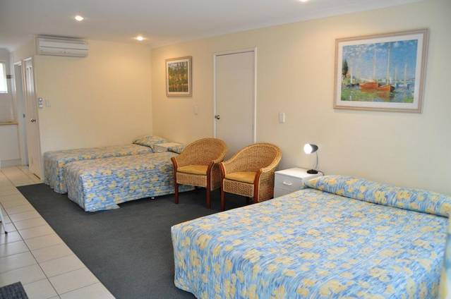 Emu Point Motel  Apartments - Victoria Tourism
