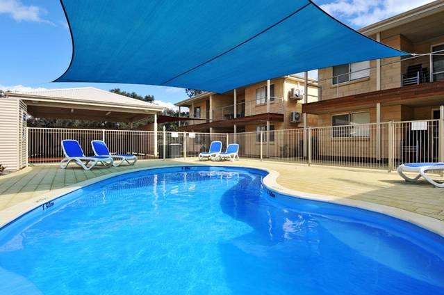 Lakeside Holiday Apartments - Victoria Tourism
