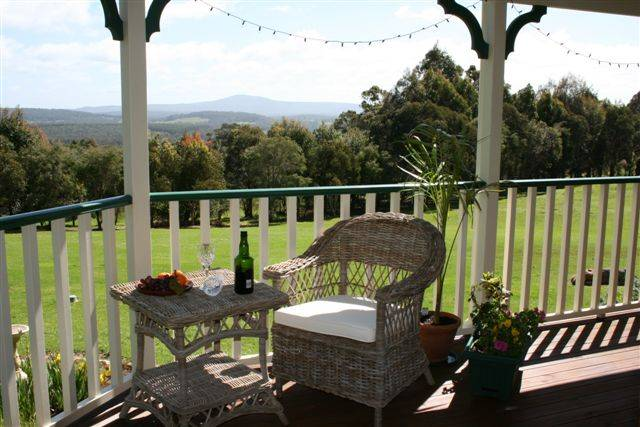 Mt Lindesay View Bed  Breakfast - Victoria Tourism
