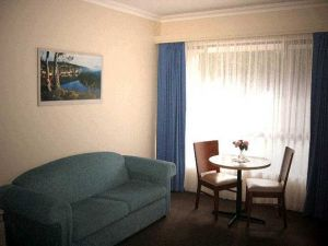 Victoria Lodge Motor Inn  Serviced Apartments - Victoria Tourism