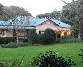 MossGrove Bed and Breakfast - Victoria Tourism