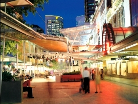 Queen Street Mall - Victoria Tourism
