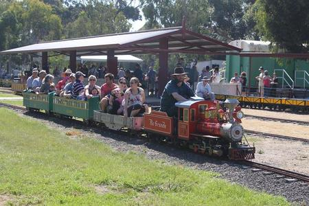 Altona Miniture Railway - Victoria Tourism