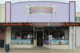 Cradle Mountain Candy Company and Honey Boutique - Victoria Tourism