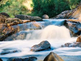 Crows Nest Falls - Victoria Tourism