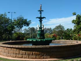 Band Rotunda and Fairy Fountain - Victoria Tourism