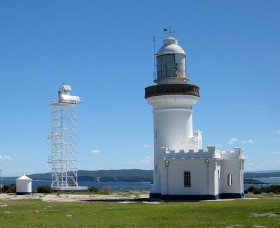 Point Perpendicular Lighthouse and Lookout - Victoria Tourism