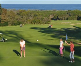 Tura Beach Country Club - Victoria Tourism