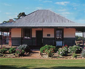 Albert Facey Homestead - Victoria Tourism