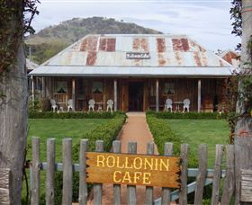 Rollonin Cafe - Victoria Tourism