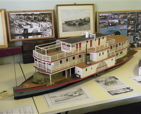 Wentworth Model Paddlesteamer Display - Victoria Tourism