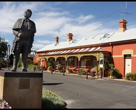 Forbes Railway Arts and Visitor Information Centre - Victoria Tourism
