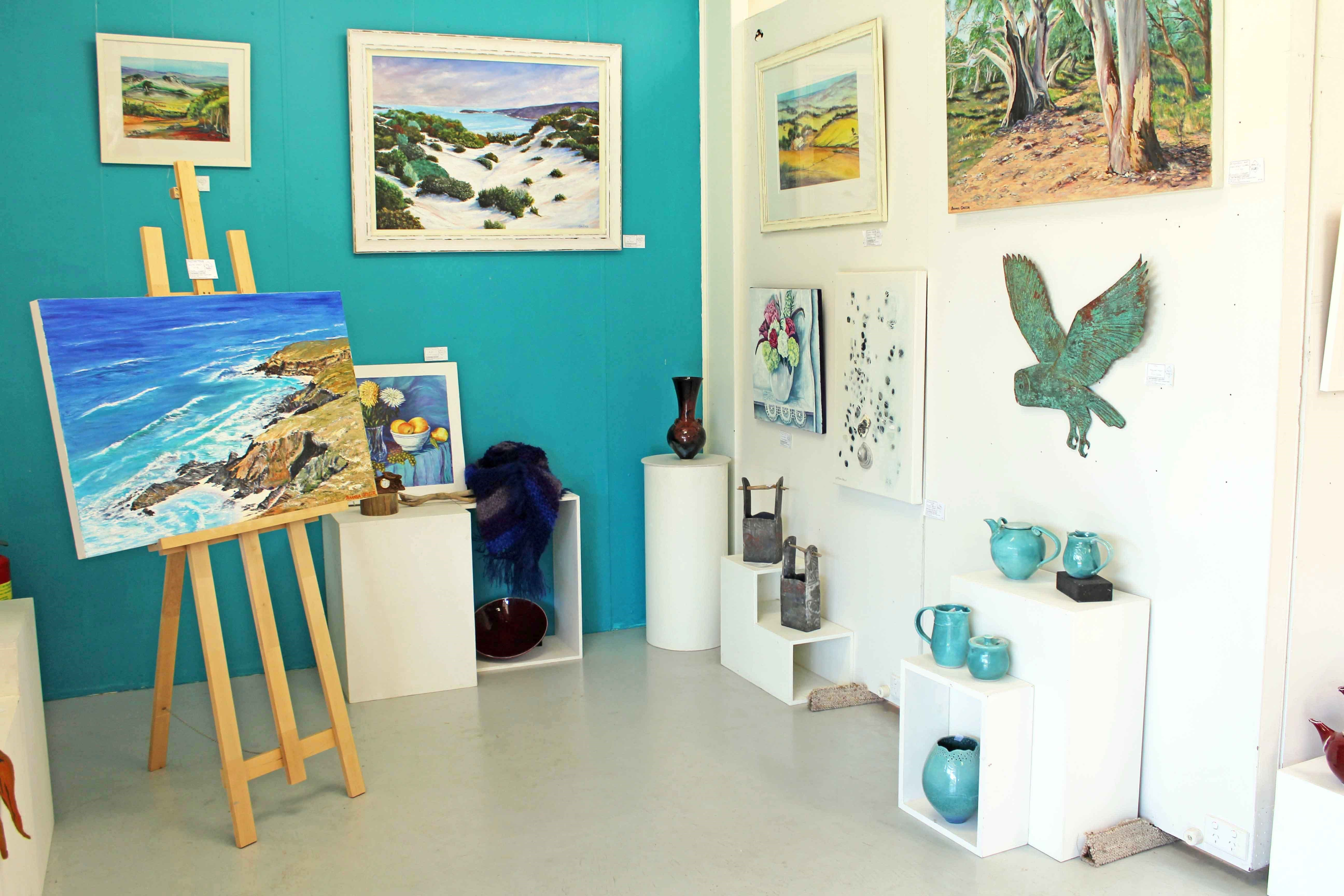 Artworks Gallery - Victoria Tourism