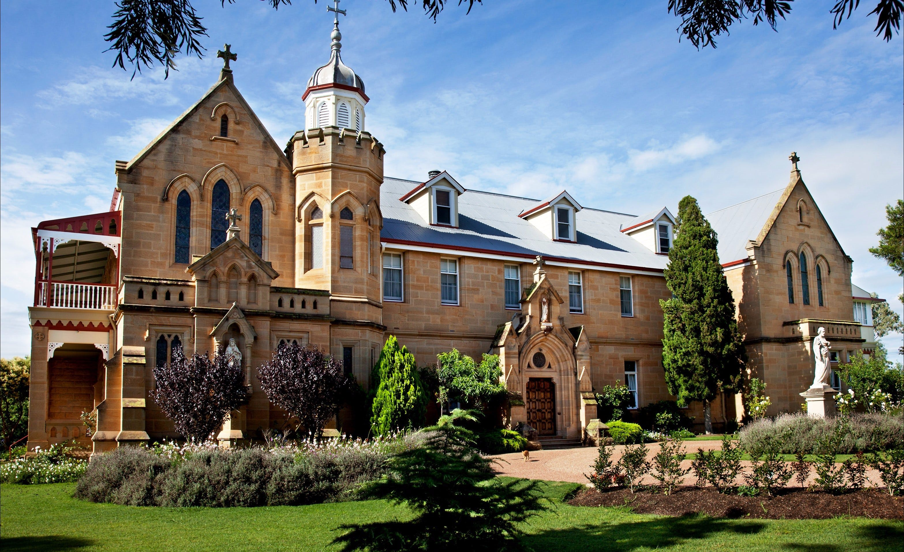 Abbey of the Roses - Victoria Tourism