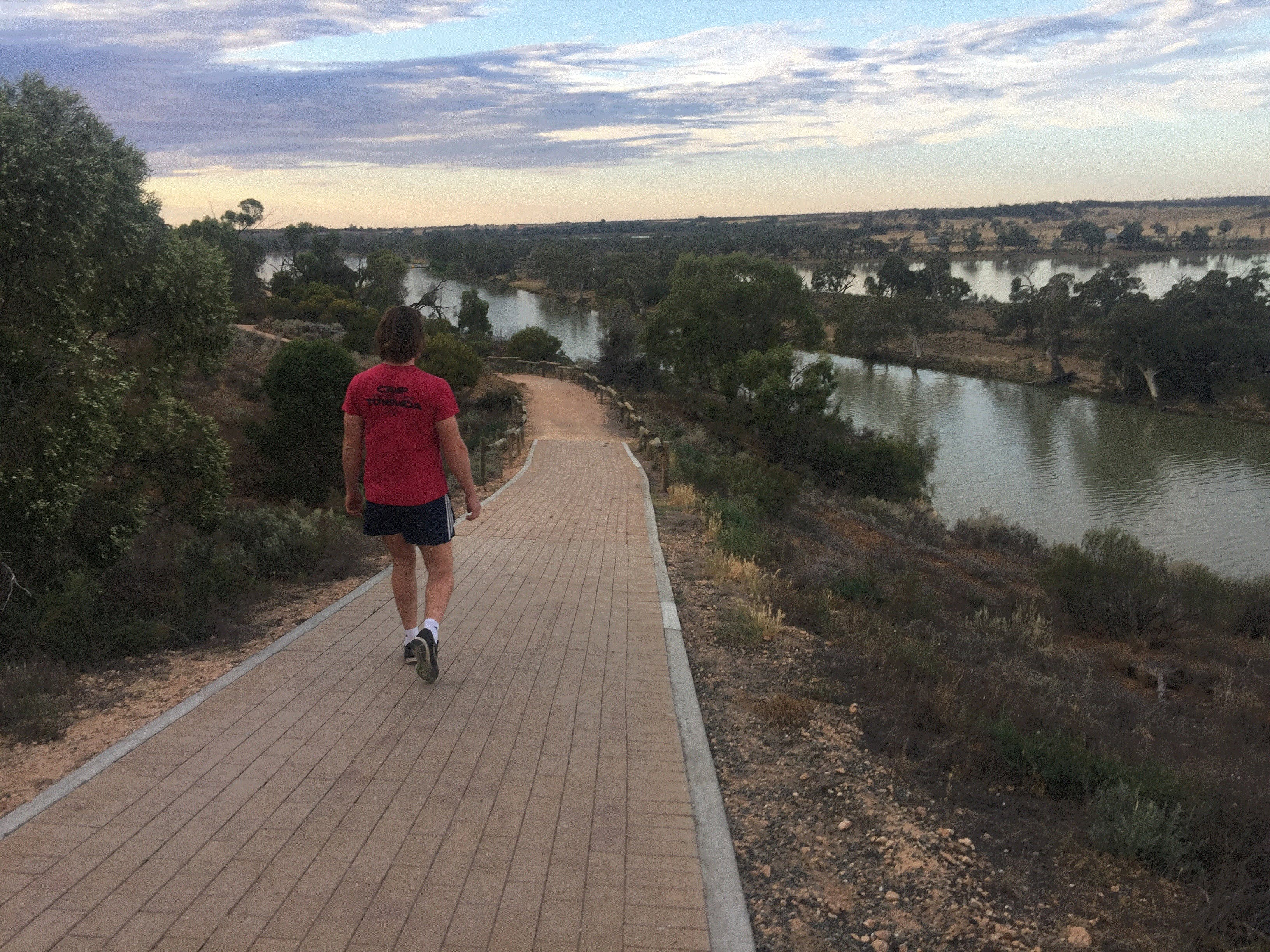 Waikerie Rotary Cliff Top Walk - Victoria Tourism