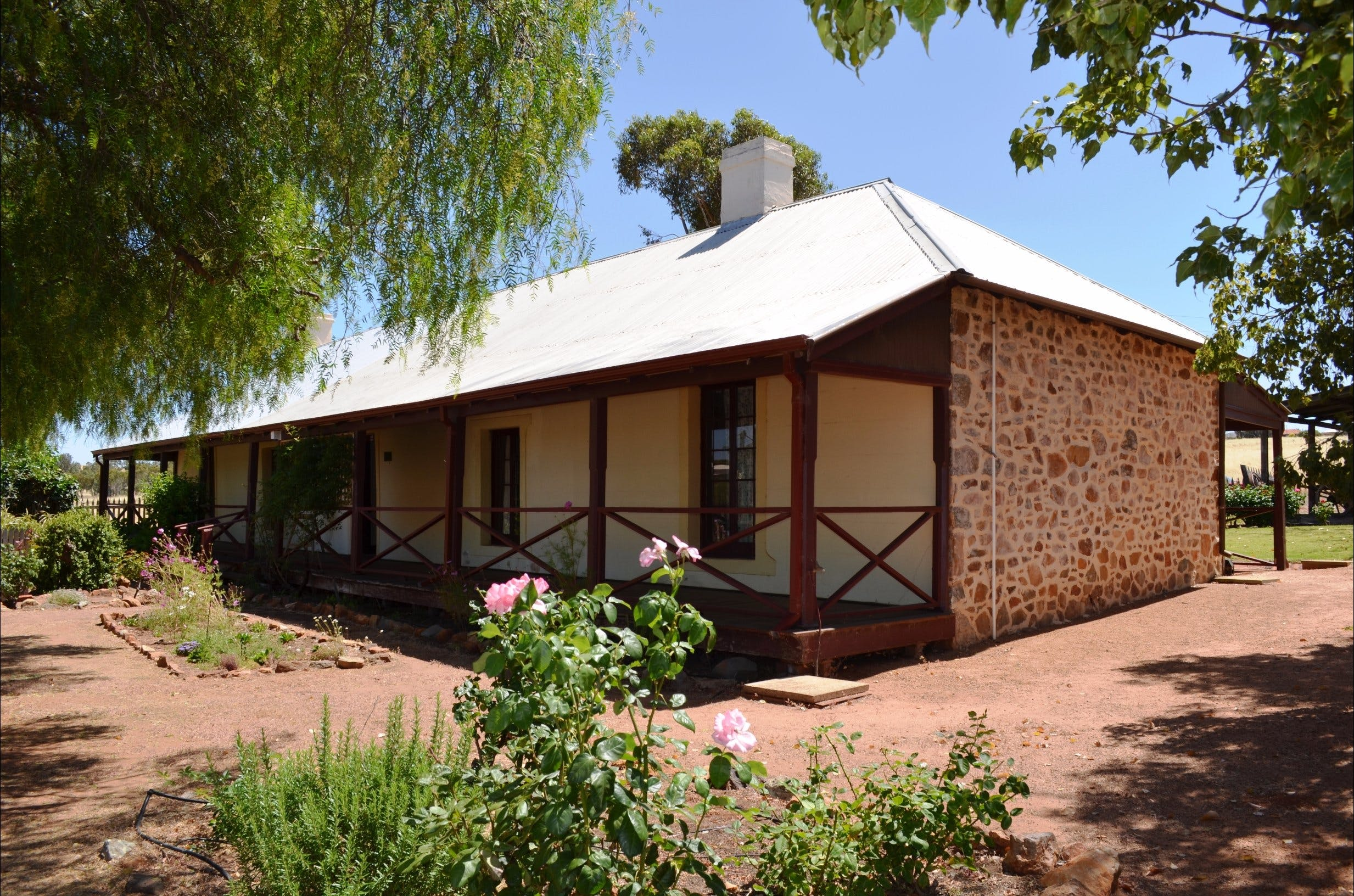 Morby Cottage - Victoria Tourism