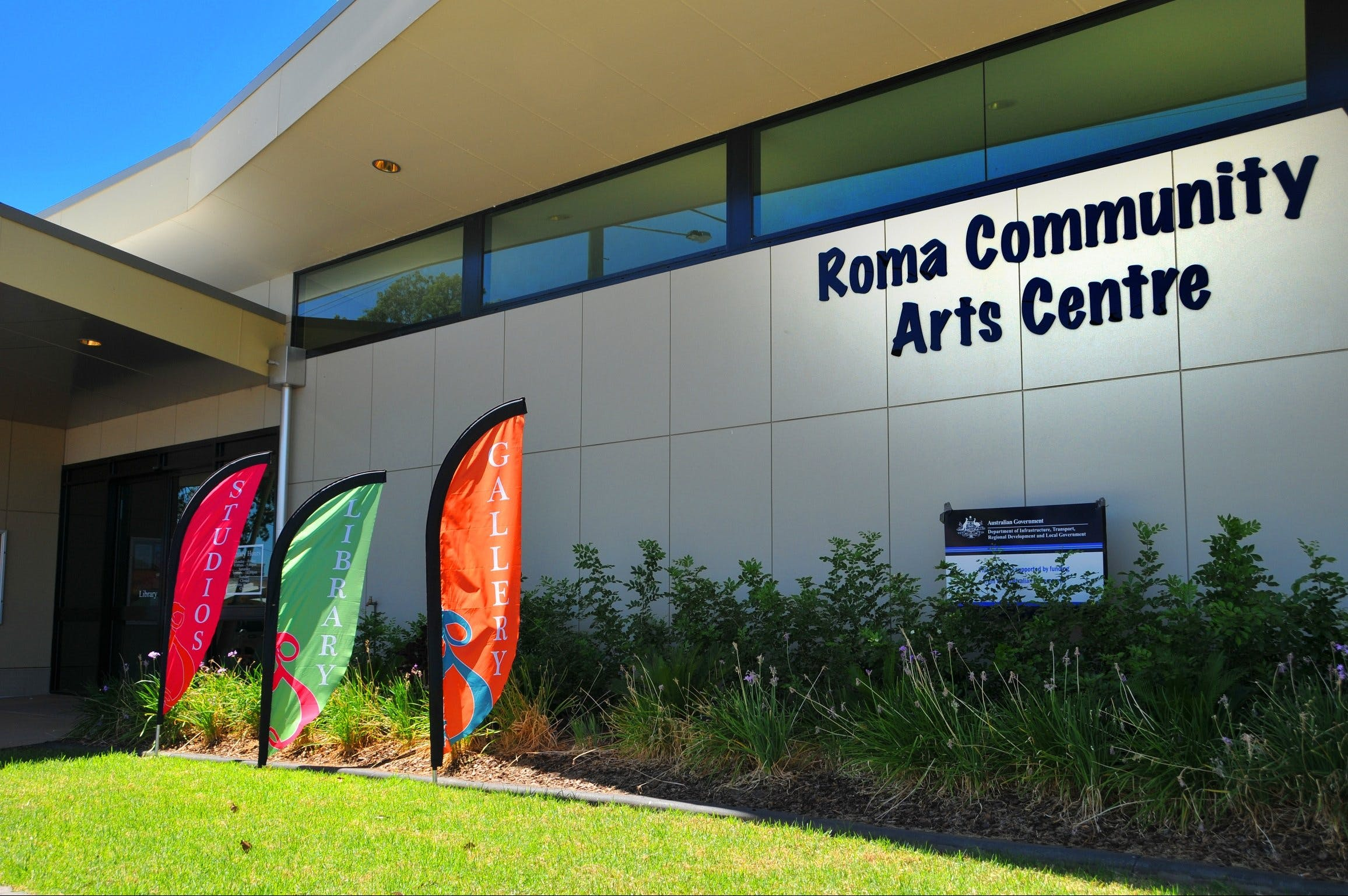 Roma on Bungil Art Gallery and the Walk of Art - Victoria Tourism