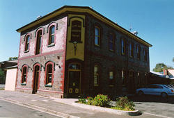 Earl of Leicester Hotel - Victoria Tourism