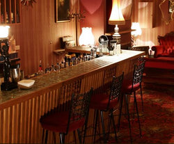 Back Bar - Victoria Tourism