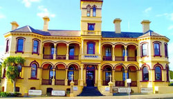 The Queenscliff Historic Royal Hotel - Victoria Tourism