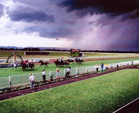 Hawkesbury Race Club - Victoria Tourism