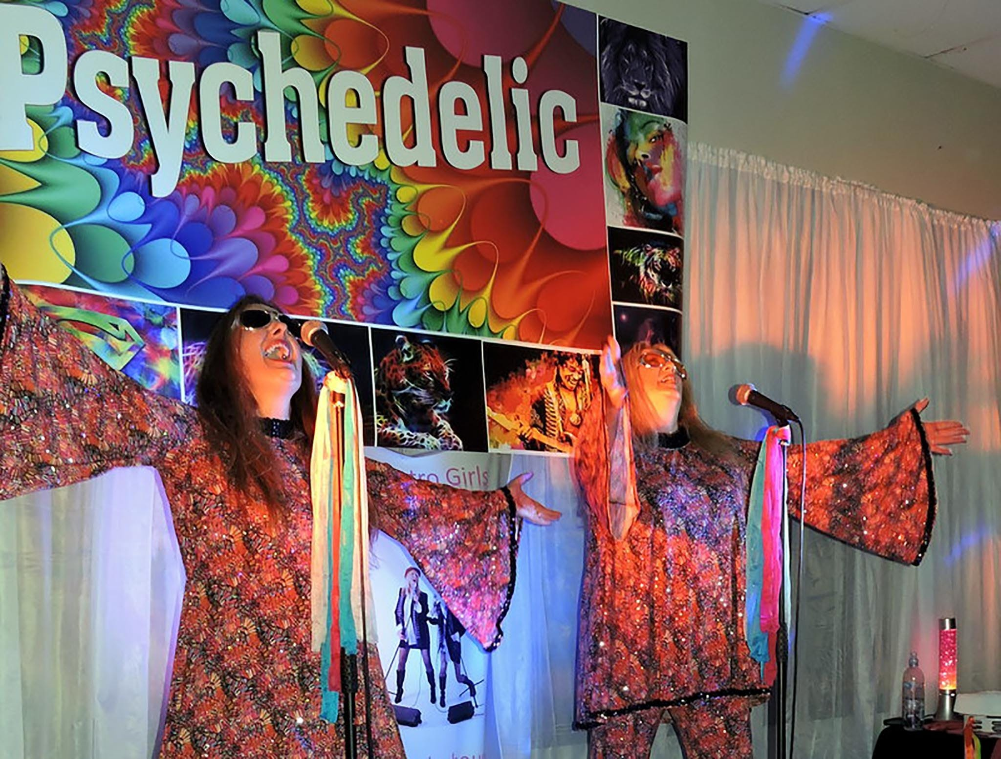 Psychedelic 70s Show The Retro Girls - Victoria Tourism