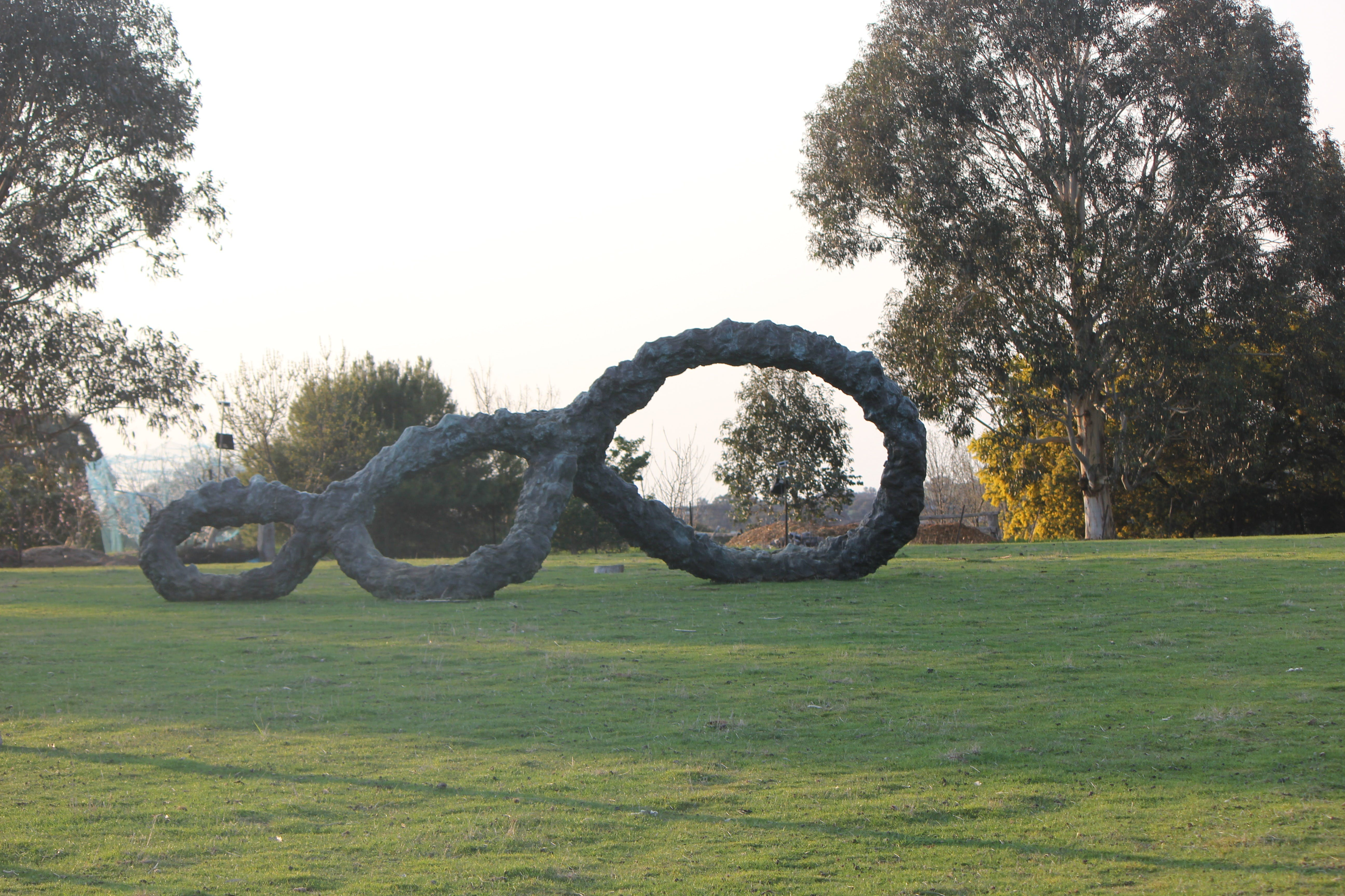 SculptureShaw - Victoria Tourism