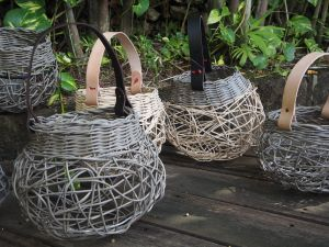 Weaving Woven Basket with Leather Handle - Victoria Tourism