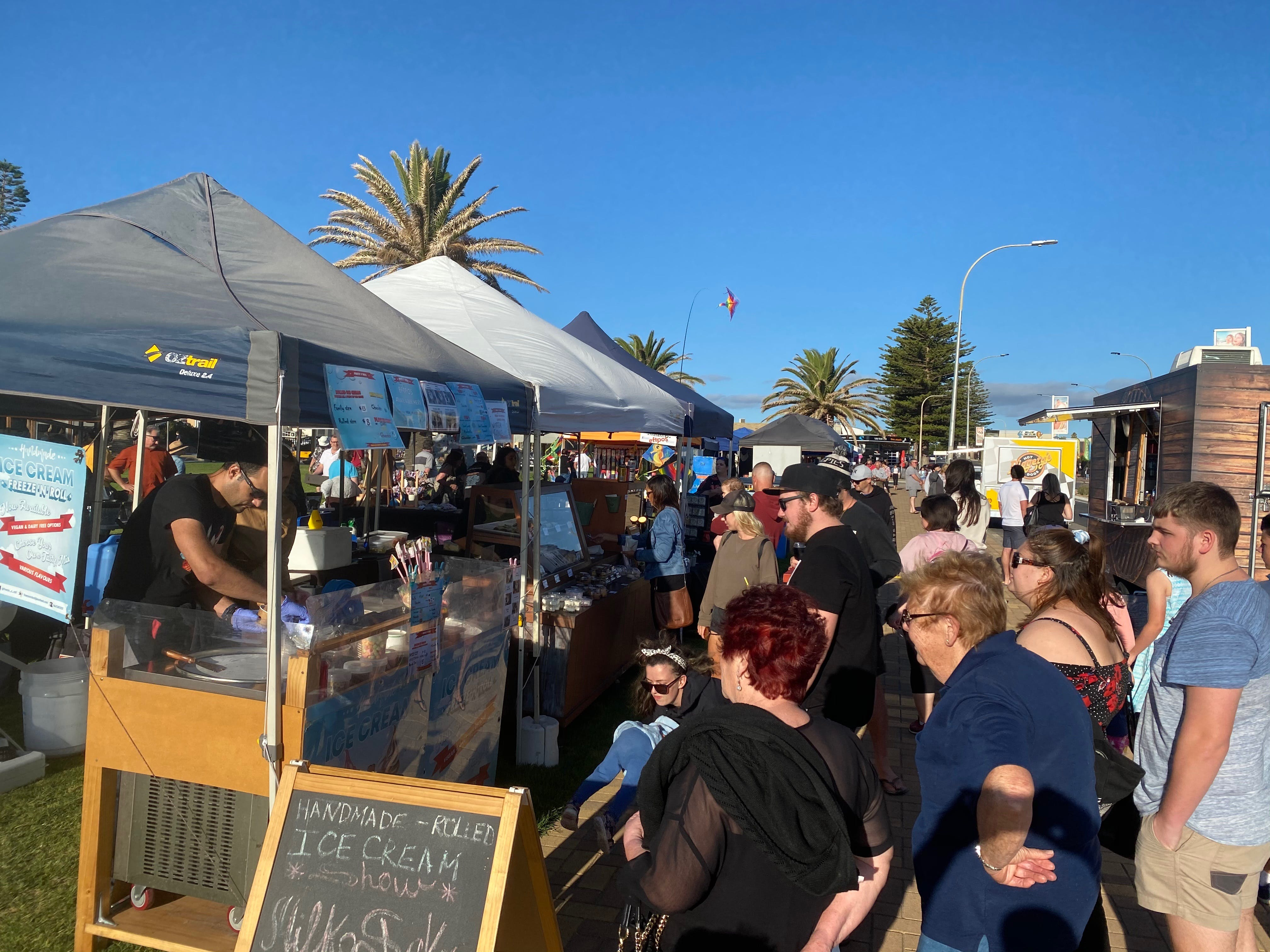 Summer Twilight Markets - Victoria Tourism