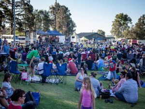 Yass Community Christmas Carols - Victoria Tourism