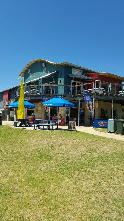 Surf Club Cafe - Victoria Tourism